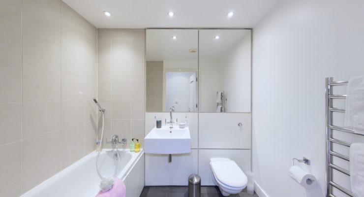 Crouch End apt 1 bathroom