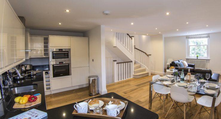 Finchley Apartment 2 kitchen